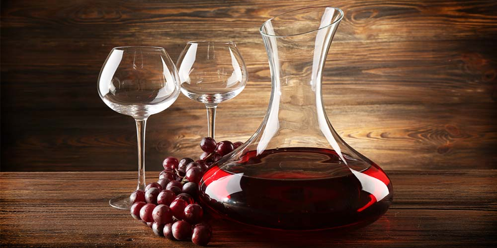A Brief Guide To Decanting Aerating Wine